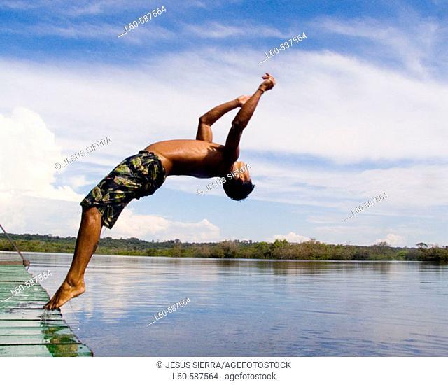 Diving. Rio Negro, Amazonas. Brazil
