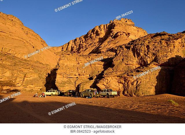Tourist camp in Oued Djer, Tadrart, Tassili n'Ajjer National Park, Unesco World Heritage Site, Algeria, Sahara, North Africa