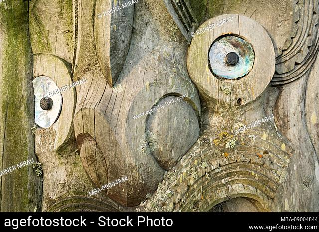 Maori wood carving, Akaroa, Banks Peninsula, Canterbury, South Island, New Zealand, Oceania