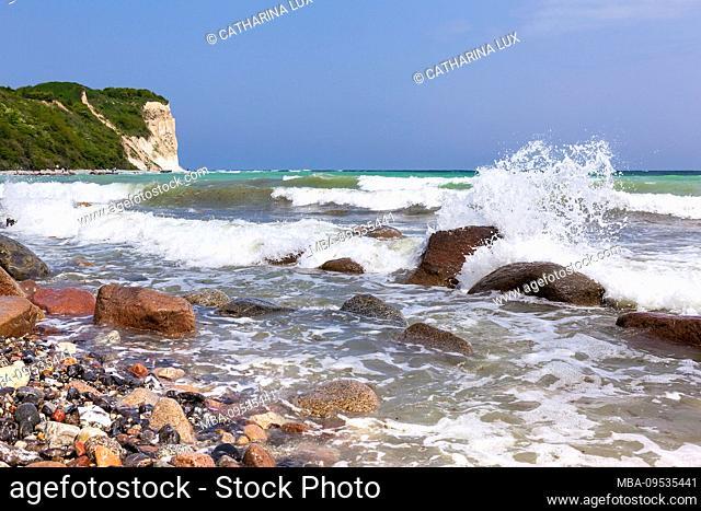 Rügen, Cape Arkona, cliff, beach, wave, spray