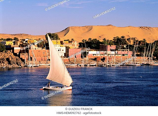 Egypt, Nile Valley, Aswan, feluccas in front of Elephantine Island