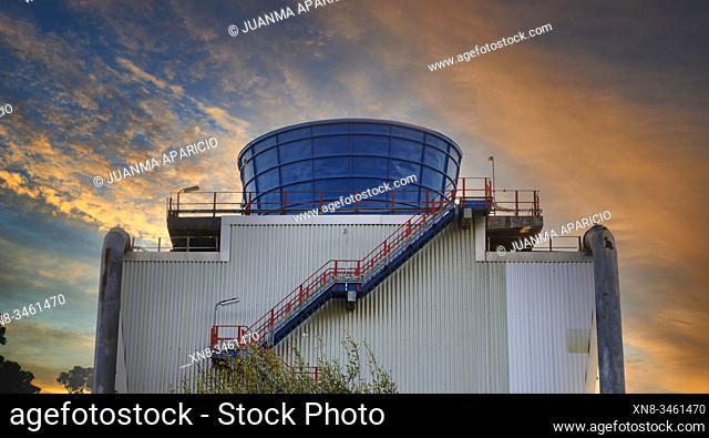 Oil Refinery, Petronor, San Julian de Muzkiz, Biscay, Basque Country, Euskadi, Euskal Herria, Spain, Europe