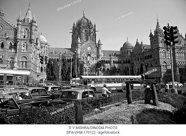 Victoria terminus vt  now chhatrapati shivaji terminus cst station ; Bombay Mumbai ; Maharashtra ; India 22-December-2009