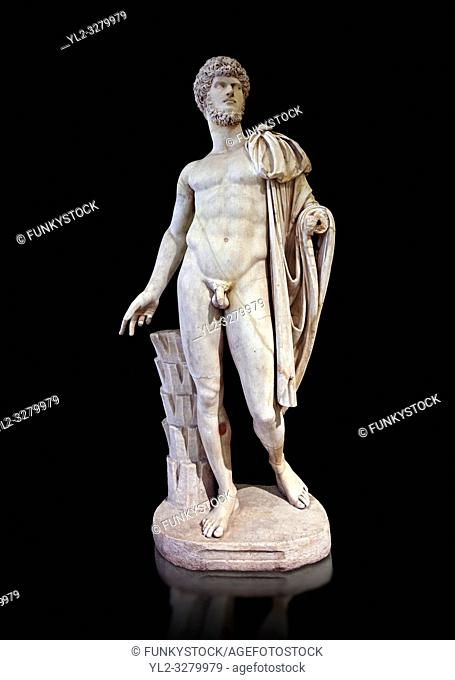 Roman marble sculpture bust of Lucius Verus with the body of Diomedes, Cuma Munich Type, 160-170 AD, inv 6095, Naples Museum of Archaeology, Italy