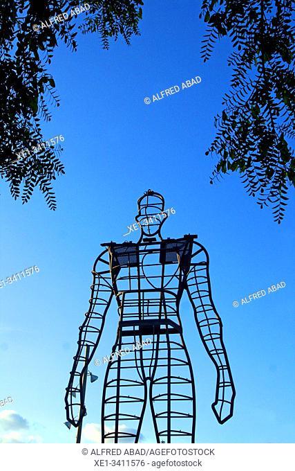 l'Home del Mil·leni, Parc del Mil·leni, Gavà, Barcelona