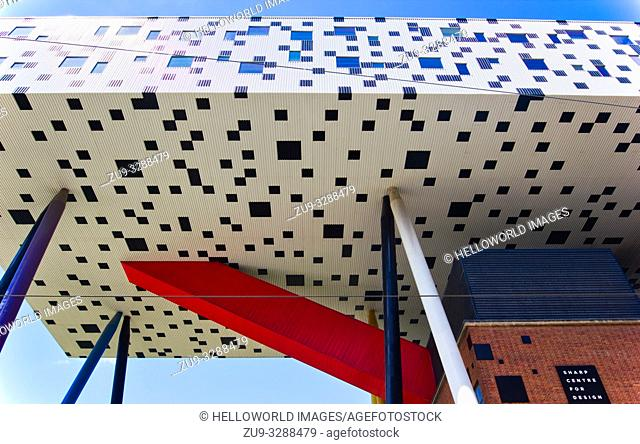 The Sharp Centre for Design an award winning extension to OCAD University, Grange Park, Toronto, Ontario, Canada. Completed in 2004 the extension by Will Aslop...
