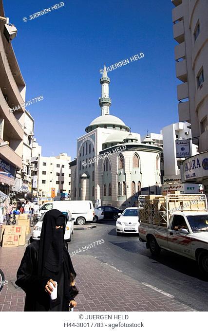Dubai Deira , old city center,mosc, veiled women with Burqa United Arab Emirates, Dubai , Dubai Deira