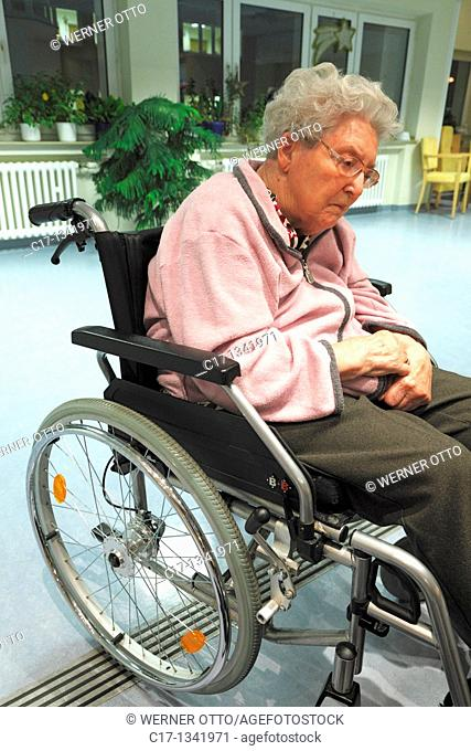 people, physical handicap, old age, retirement home, Altenzentrum der St  Clemens Hospitale in Sterkrade, older woman sitting in a wheel-chair