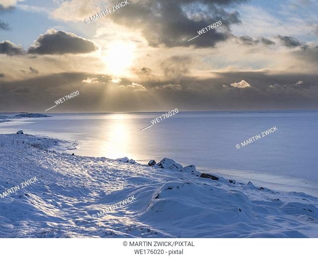Landscape in the eastern fjords of Iceland between Hoefn and Djupivogur. europe, northern europe, iceland, february