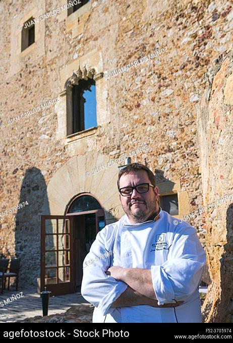Joan Carles Sanchez Chef, Es Portal Gastronomy Restaurant, Pals, Baix Emporda, The Costa Brava, Emporda region, Girona Province, Catalonia, Spain