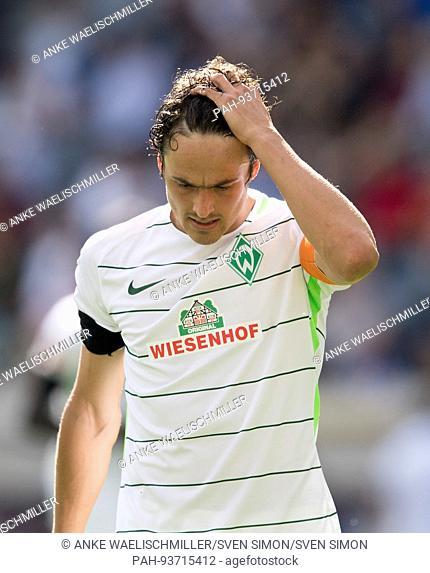 Thomas DELANEY (HB) enttaeuscht, Gestik, Geste. Fussball 1. Bundesliga, 1. Spieltag, TSG 1899 Hoffenheim (1899) - SV Werder Bremen (HB) 1:0, am 19.08