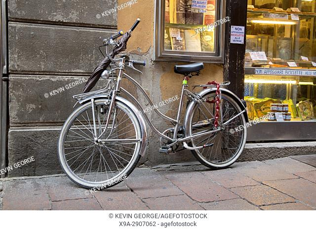 Bike outside Antico Forno Piemontese Shop Window; Bologna; Italy