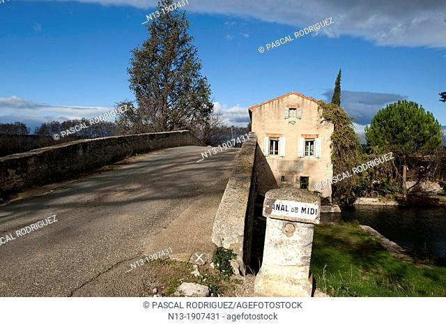 Old bridge over the Canal du Midi, herault department, France