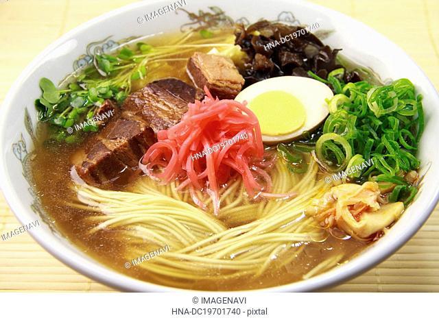 Tonkotsu ramen (Ramen with pork bone broth)