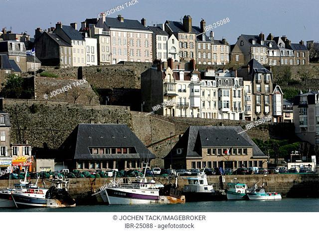 FRA, France, Normandy, Grandville: Habour and Oldtown