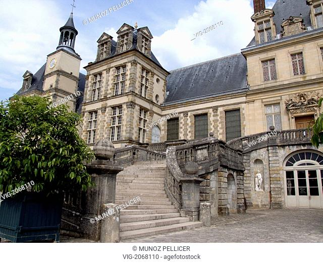 Chateau de Fontainebleau (Fontainebleau Castle). Used by the Kings of France from the 12th century, transformed and enlarged specially by François I (16th...