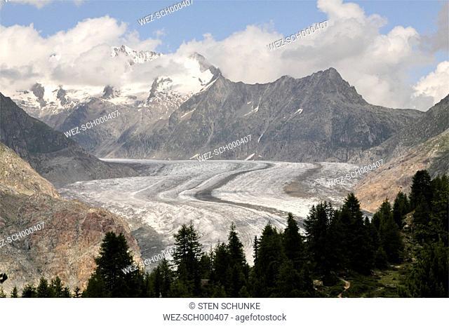 Switzerland, Wallis, Jungfrau-Aletsch-Bietschhorn, Aletsch Glacier