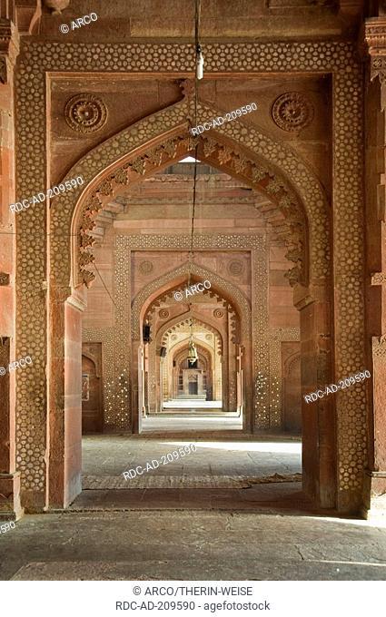 Prayer hall, Jami Masjid Mosque, Fatehpur Sikri, Uttar Pradesh, India, Dargah Mosque, built 1569-1585 at the order of emperor Akbar