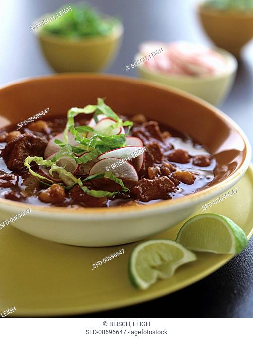 Chilli con carne with radishes