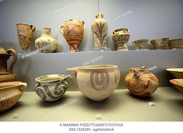 Early Cycladic pottery, National Archaeological Museum, Athens, Greece