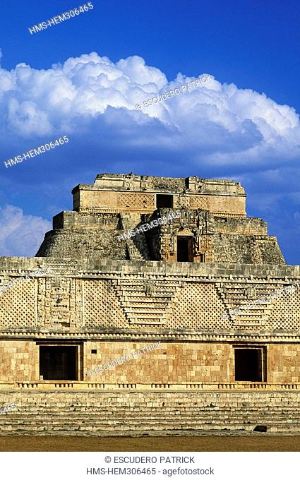 Mexico, Yucatan State, archeological Maya site of Uxmal, site listed as World Heritage by UNESCO, the Pyramid of Devin overhanging the Quadrilateral of the Nuns