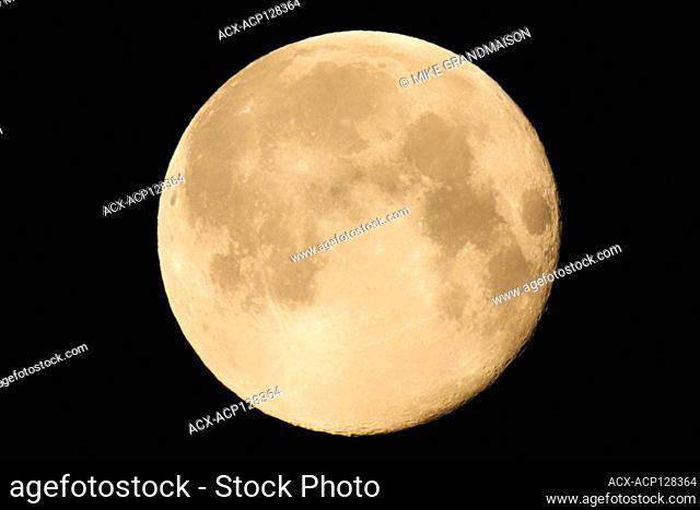 Full moon, Super moon. February 20, 2019, Winnipeg, Manitoba, Canada