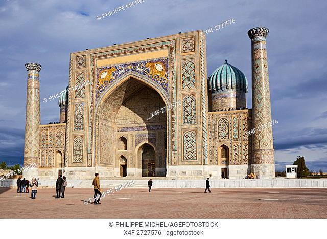 Uzbekistan, Samarkand, Unesco World Heritage, the Reghistan, Chir Dor Madrasah