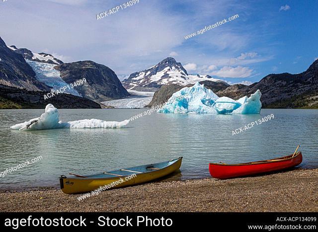 ice, melting glacier, melting ice, iceberg, climate change, observing climate change, canoeing, Jacobson Lake, Chilcotin region, British Columbia, Canada