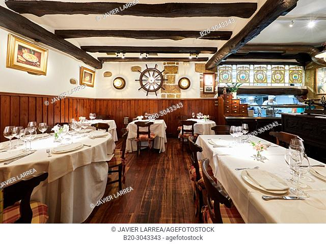 Dining room, Tables to eat, Restaurante Juanito Kojua, Parte Vieja, Old Town, Donostia, San Sebastian, Gipuzkoa, Basque Country, Spain