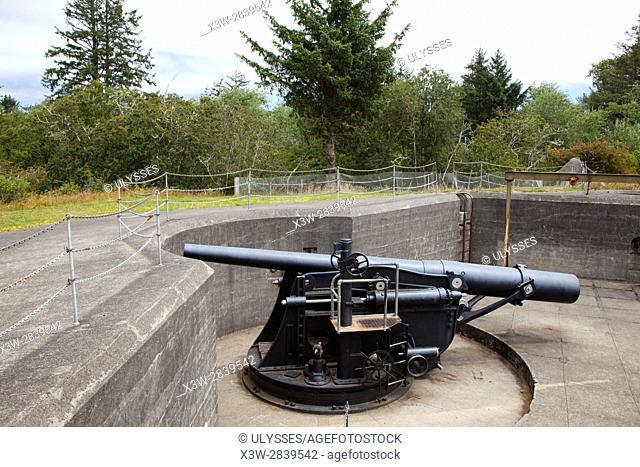 Cannon, Battery Pratt, Fort Stevens, historical site, area of Warrenton, Astoria, Oregon, USA, America