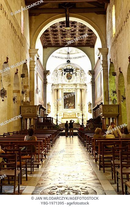 Interior of Baroque Cathedral or duomo in Siracusa (Syracuse), Sicily, Italy UNESCO