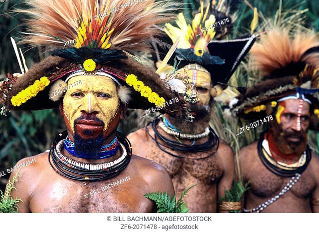 Colorful Huli Wigmen of Papua New Guinea