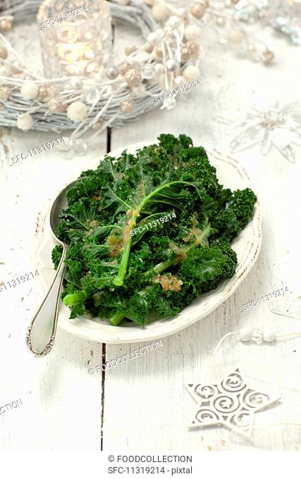Green kale with buttered crumbs