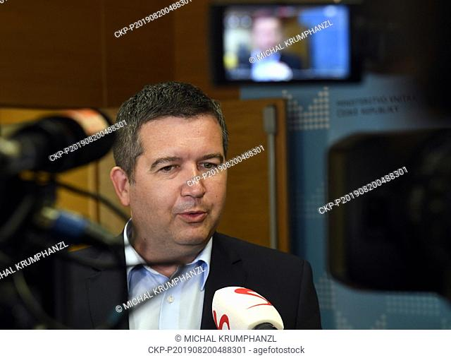 Czech Social Democrat (CSSD) leader Jan Hamacek wants to announce the name of the new candidate for culture minister before the party leadership meeting on...