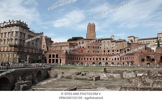 PAN, LS. WA. Daylight. View from Trajan's Forum toward the semi-circular Trajan's Markets. It was a complex of 150 shops and offices commissioned by Emperor...
