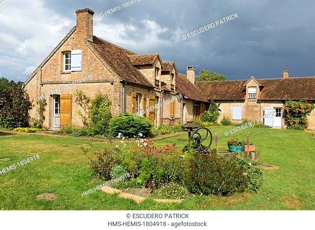 France, Loir et Cher, Sologne, Saint Viatre, traditional farm of the Sologne region now a house