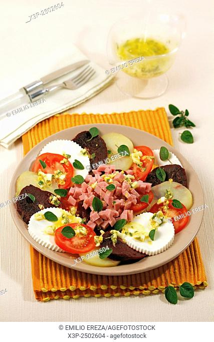Salad with fresh cheese and oregano