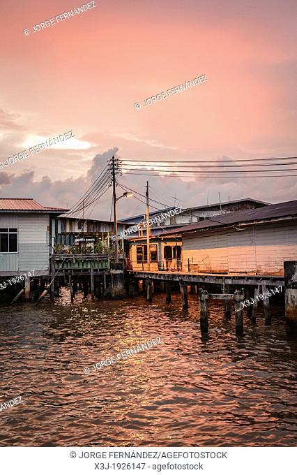 Stilt houses of the Kampung Ayer neighbourhood, Bandar Seri Bengawan, Brunei, Asia