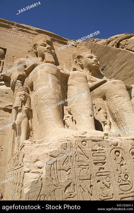 Ramses II Statues Nefetari Statue (lower left), Ramses II Temple, UNESCO World Heritage Site, Abu Simbel, Egypt