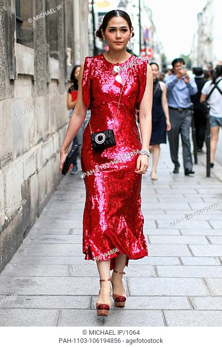 Araya Alberta Hargate posing outside of the Givenchy runway show during Haute Couture Fashion Week in Paris - July 1, 2018 - Photo: Runway Manhattan ***For...