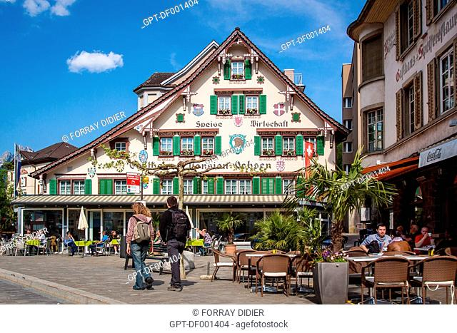TYPICAL SWISS RESTAURANTS IN THE TOWN CENTRE OF BRUNNEN, LAKE LUCERNE, BRUNNEN, CANTON OF SCHWYZ, CENTRAL SWITZERLAND