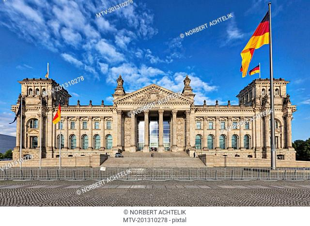 Facade of German parliament