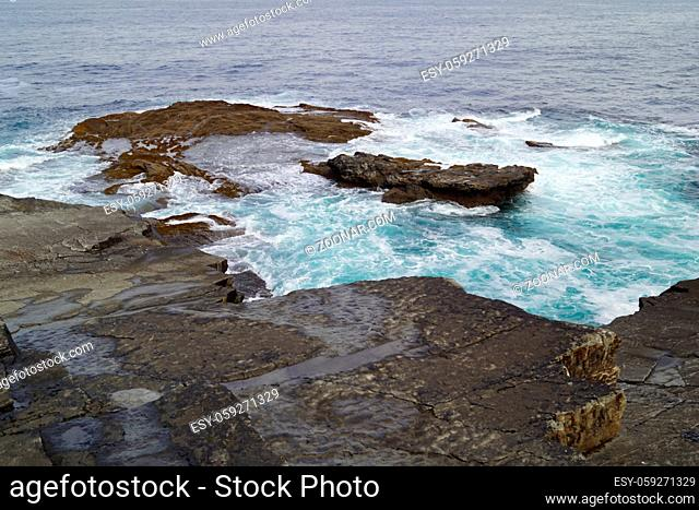 The Kilkee Cliff walk is a scenic 2 to 3 hour (8km) moderate loop walk along the Kilkee Cliffs starting at the Diamond Rocks Café, Pollock Holes car park
