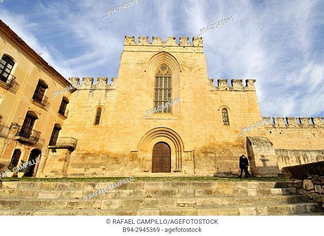 Santes Creus Monastery Part, XIIth century, The monastery's origins date to 1158, when the Lords of Montagut y de Albá donated the village of Santes Creus to...