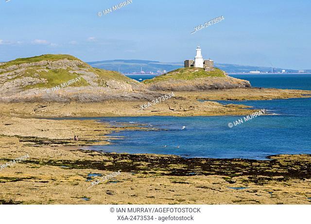 Lighthouse at Mumbles Head, Gower peninsula, near Swansea, South Wales, UK
