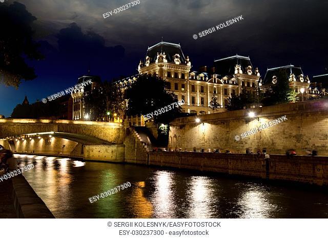 Promenade Maurice Careme on the river Seine in Paris. Ile de la cite, France