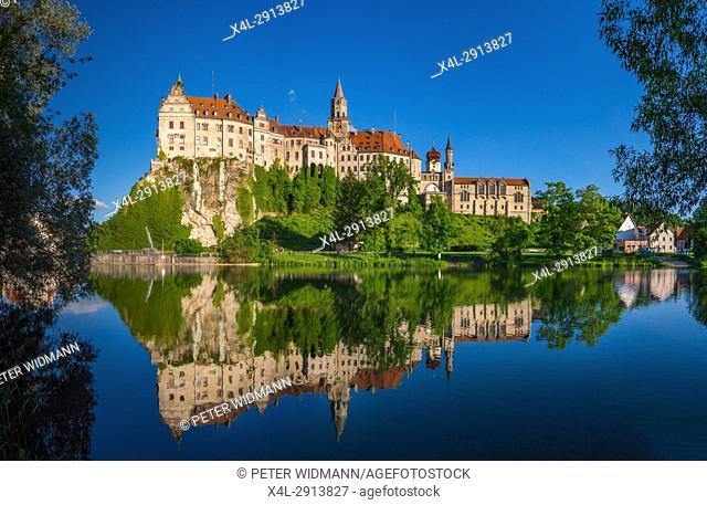 Sigmaringen Castle, Upper Danube nature park, Swabian Alb Baden Wurttemberg, Germany, Europe