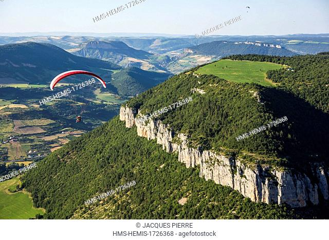 France, Aveyron, Parc Naturel Regional des Grands Causses (Natural Regional Park of Grands Causses), Millau, flight in two-seater paragliding over the river...