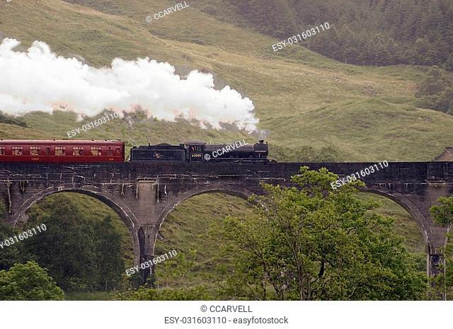 Steam Train, glenfinnon, scotland
