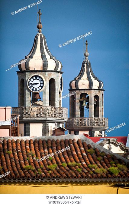 04/04/2009 Plaza de la Constition world heritage site of La Orotava on Tenerife Island, Canary islands Bell tower of the Church de La Conception Santa Cruz